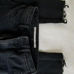 Zara Slit-Knee Black Jeans - 00